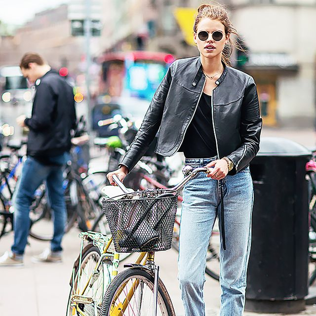 How to Make Your Boyfriend Jeans Look Sexy