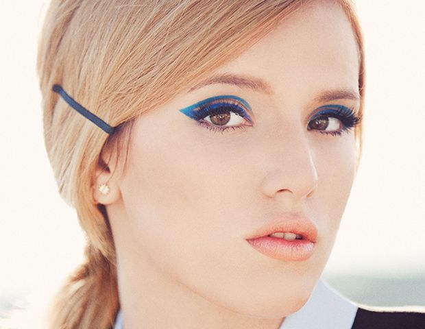 How to Recreate Bella Thorne's Double-Flicked Cat-Eye