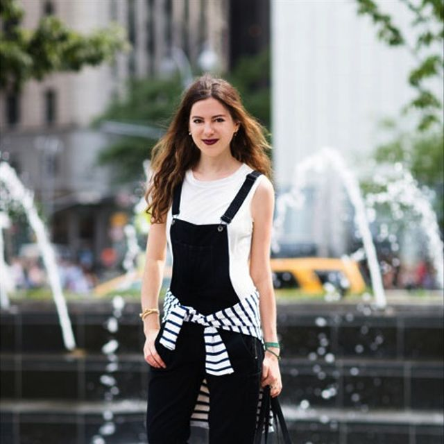 7 Ways to Wear Black Overalls