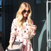 Rosie Huntington-Whiteley Gets Us in the Mood For Fall