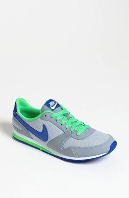 Nike  Eclipse II Sneaker