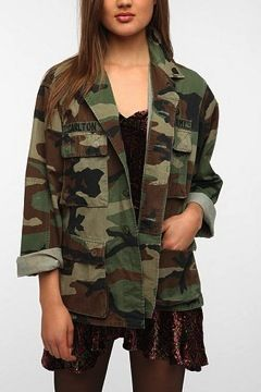 Urban Renewal Urban Renewal Vintage Oversized Camo Jacket