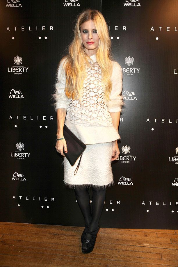 Look of the Day: Light Lace