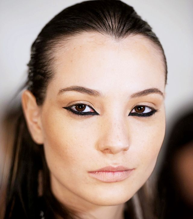 The Trick to Recreating This Flipped Cat-Eye From Nicolas K