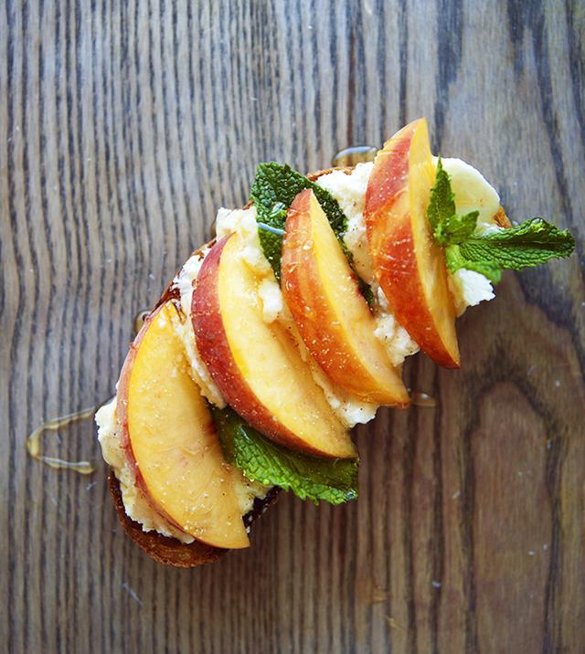 Peach, Mint, Ricotta Toast With Honey