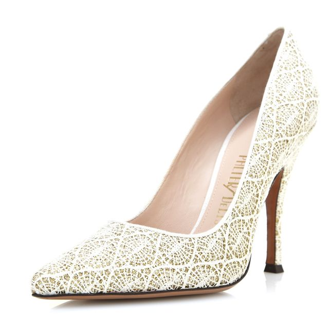 Palter DeLiso Kiss Pumps in Ivory Lace