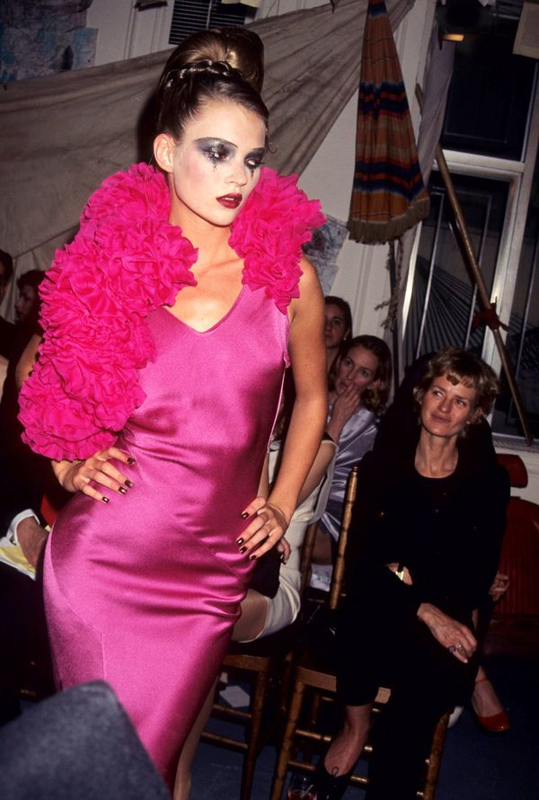 Moss wearing John Galliano in 1995.