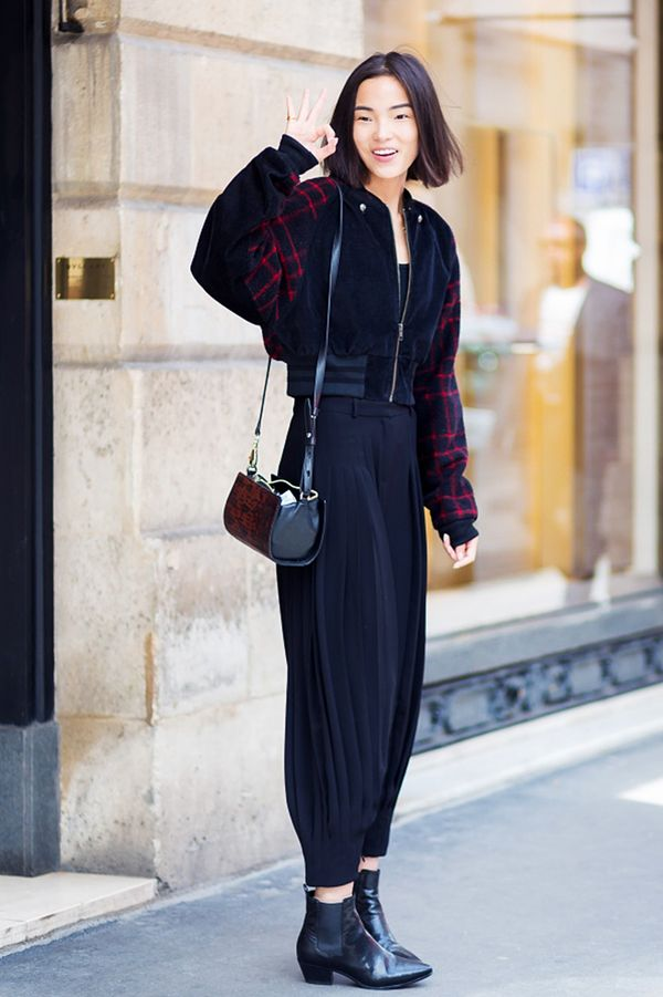 Printed Jacket + Loose-Fit Trousers + Chelsea Boots