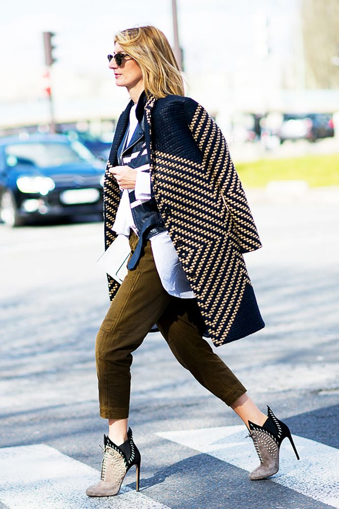Heeled ankle boot street style