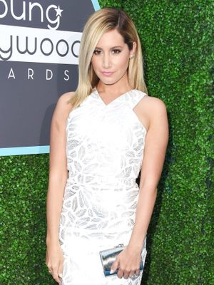 Get a Closer Look at Ashley Tisdale's Wedding Dress!