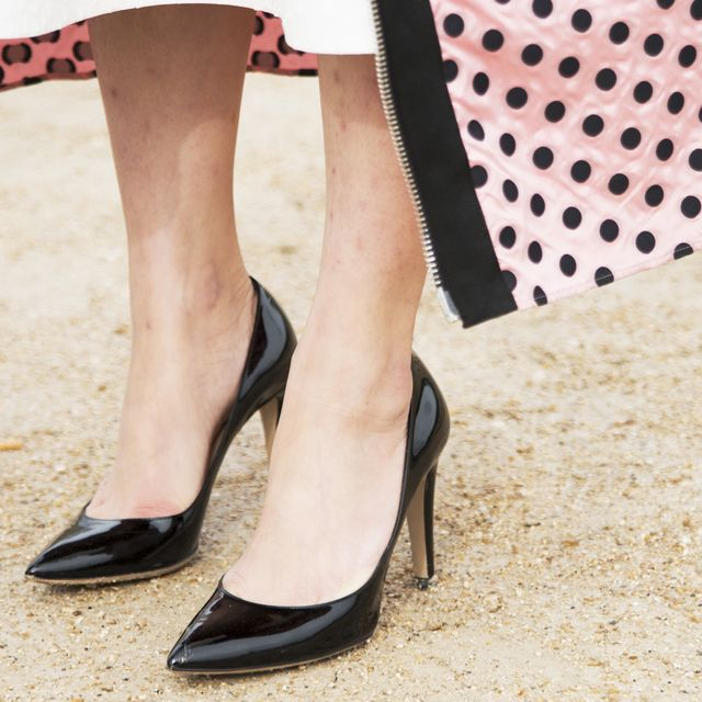 3 Stellar Outfit Ideas Based on ONE Pair of Classic Black Pumps