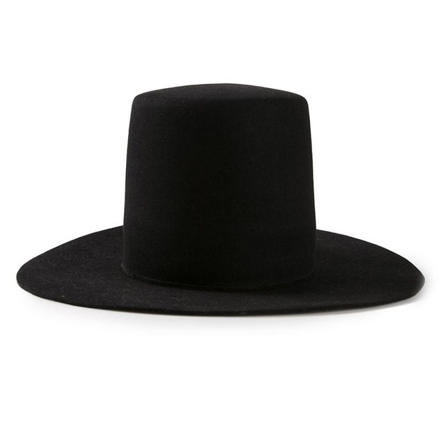 Ilariuss Oversized Top Hat