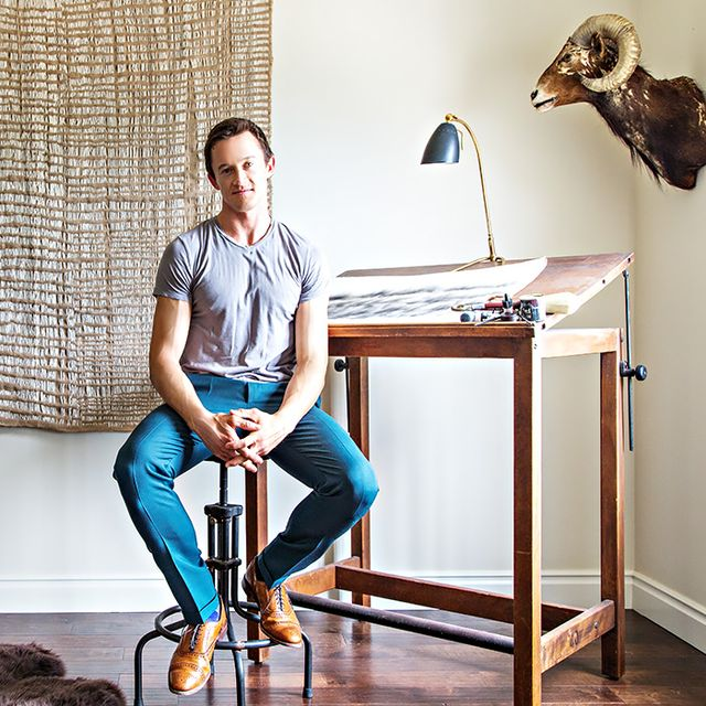Home Tour: A Young Art Consultant's Expertly Curated Colonial