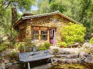 Tour Daryl Hannah's Sustainable Malibu Compound
