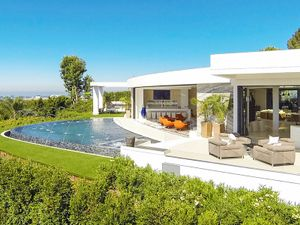 Tour the $85M Mansion Beyoncé and Jay Z Are Looking to Buy