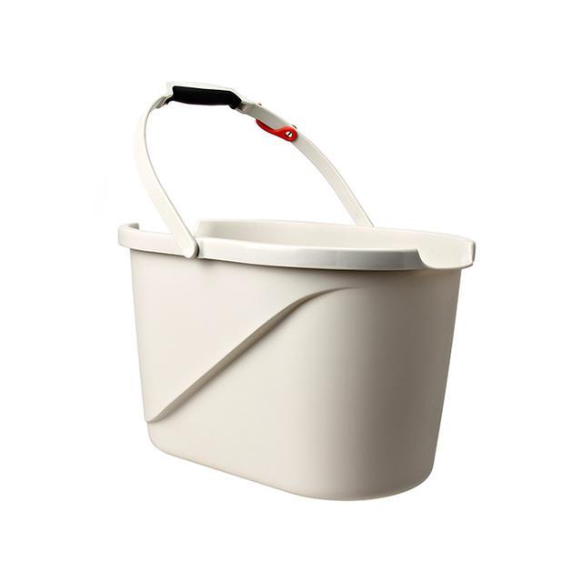 OXO Good Grips Measuring Bucket