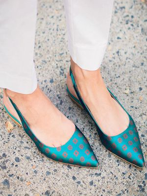 #TuesdayShoesday: 5 Fall Flats for the Girl on the Go
