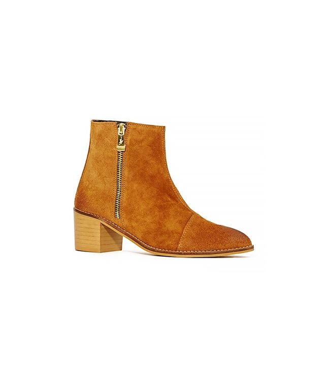 Report Jackal Boots