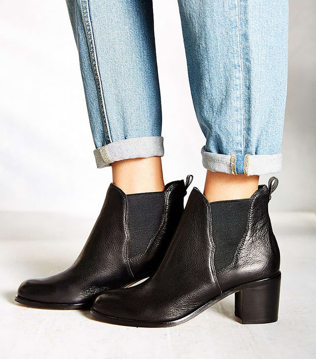 Sam Edelman Justin Hold Gore Chelsea Boots