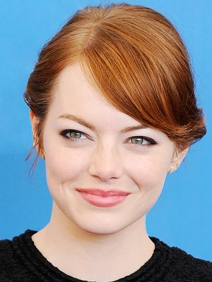 Rose: Hollywood's New Favorite Lipstick Shade for Fall