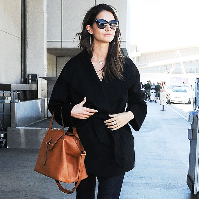 13 Celebrity Airport Outfits to Inspire You This Fall