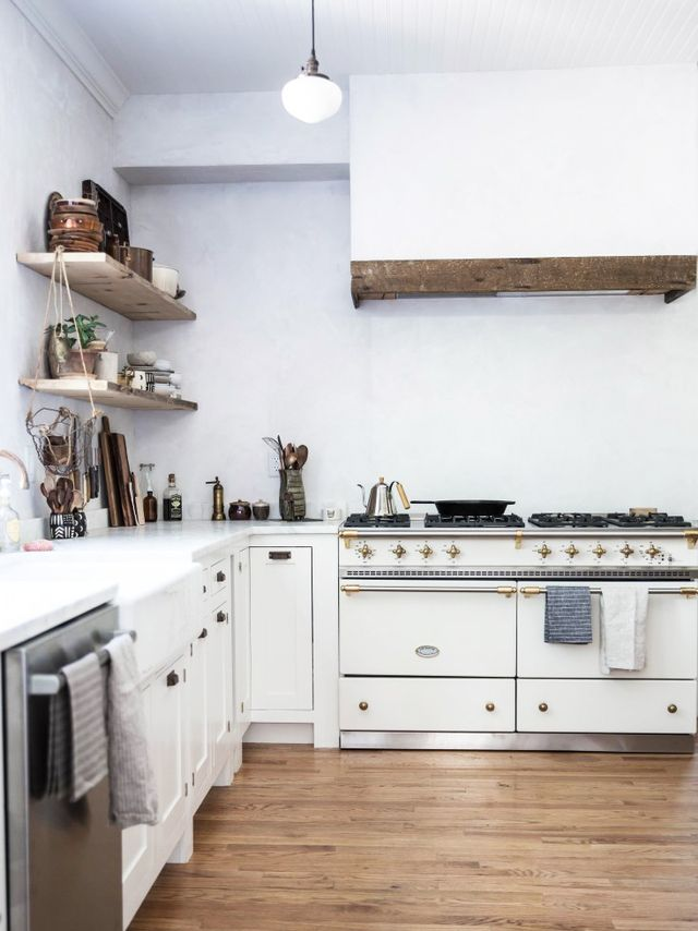 See an Astoundingly Beautiful One-Month Kitchen Makeover