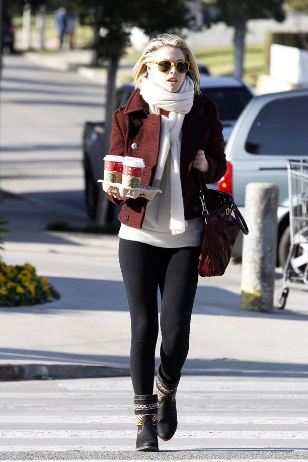 Look of the Day: Chunky Scarf
