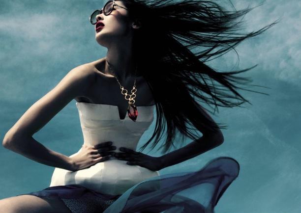 Elegant Flow | ELLE Vietnam