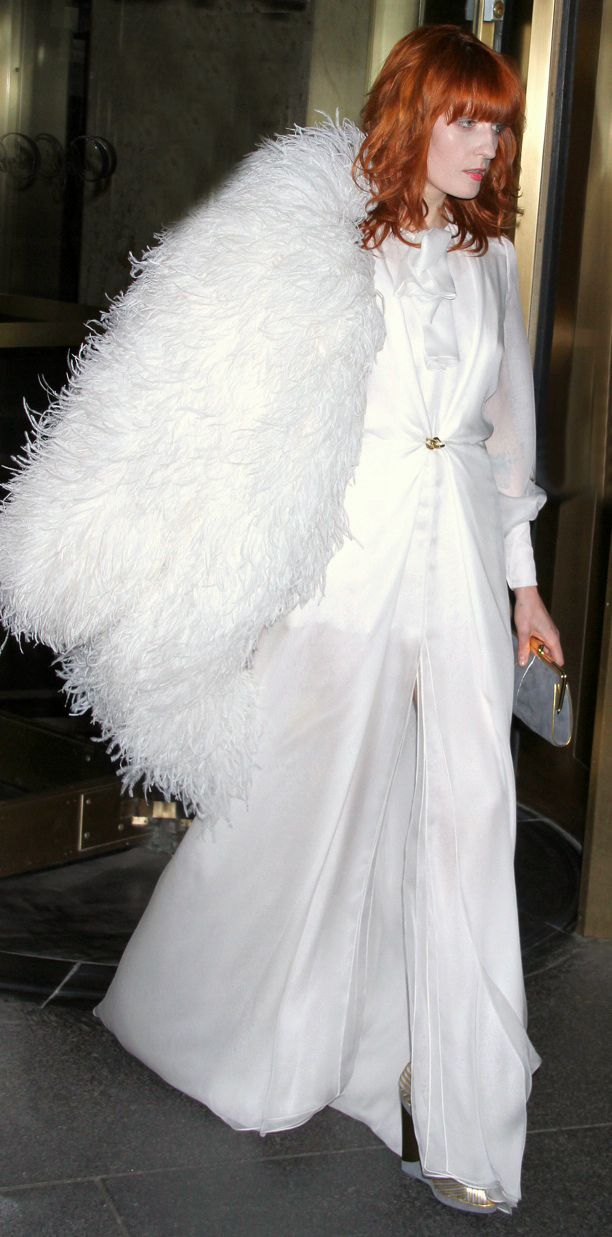 Look of the Day: White Glam