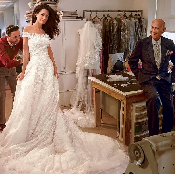 See Amal Alamuddin's Stunning Custom Oscar de la Renta Wedding Dress
