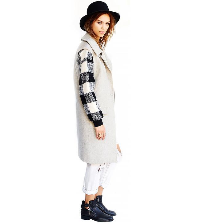 JOA Sleeveless Collared Coat