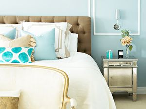 Get the Look: A Tiffany's-Inspired Bedroom