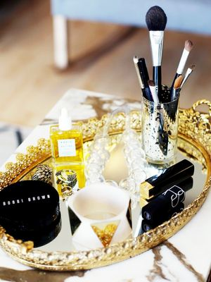 How to Organize Makeup Like You're Basically a Vlogger