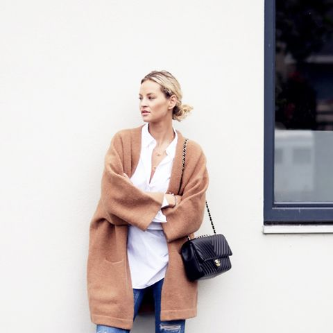 Outfit Combo: Jeans + Oversized Cardigan