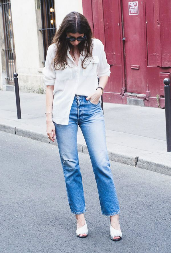 Outfit Combo: Jeans + Oversized White Button-Down Shirt