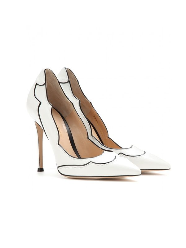 Gianvito Rossi Lucille Leather Pumps