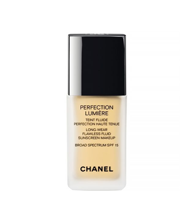 Chanel Lumière Long-Wear Flawless Fluid Sunscreen Makeup SPF 15