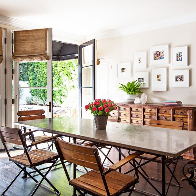 The Dos and Don'ts of Crafting a Beautiful Gallery Wall