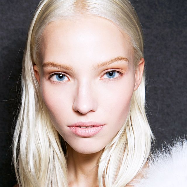 How to Contour Even if You're Really, Really Pale