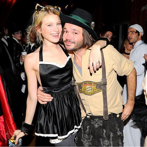 Fashion Celebrity Halloween Costume Ideas Dree Hemingway