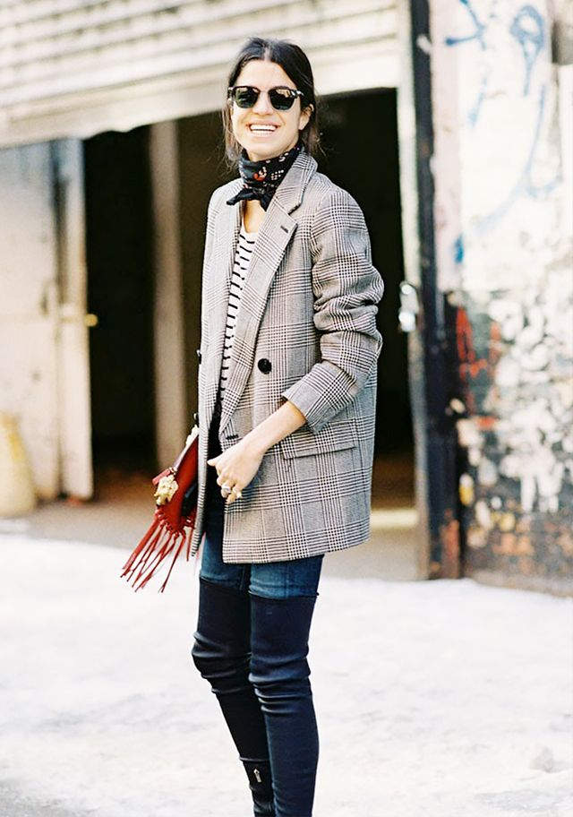 15 New Ways to Tie Your Scarf This Fall
