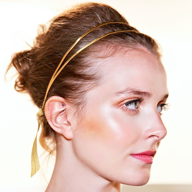 Runway to Real Life: 17 Cool Ways to Wear Hair Accessories