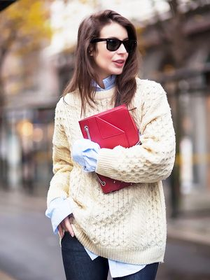 #StyleHack: 3 Smart Ways to De-Fuzz Sweaters