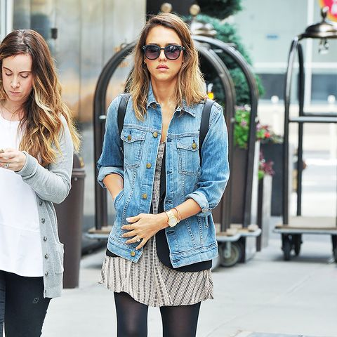 Jessica Alba street style, denim jacket