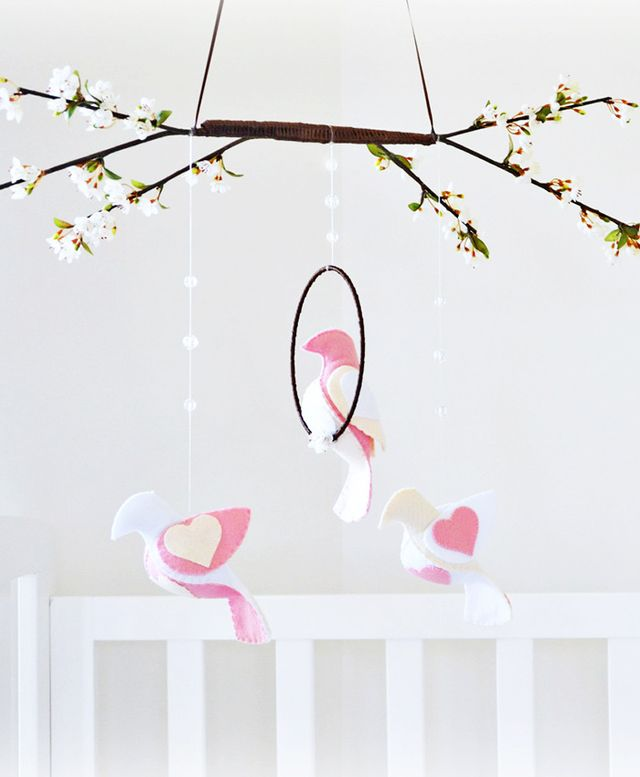Lullaby Mobiles Bird Mobile