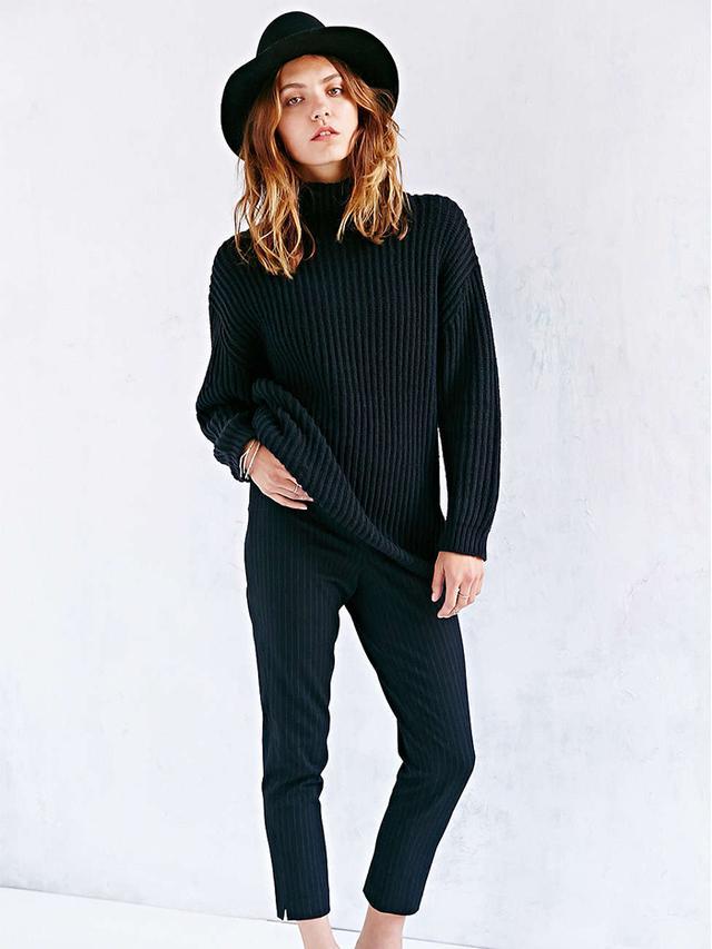 BDG Shaker Turtleneck Sweater