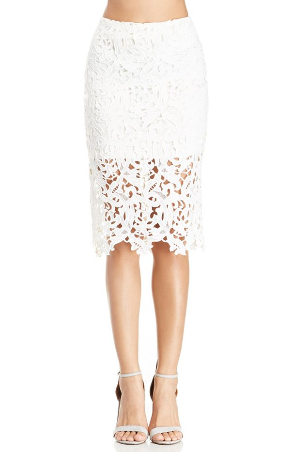 DailyLook Venetian Lace Skirt