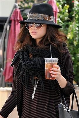 Phoebe Price Selena Hat