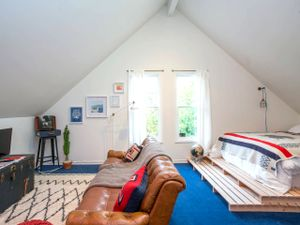 Step Inside the Coolest New Hipster Airbnb