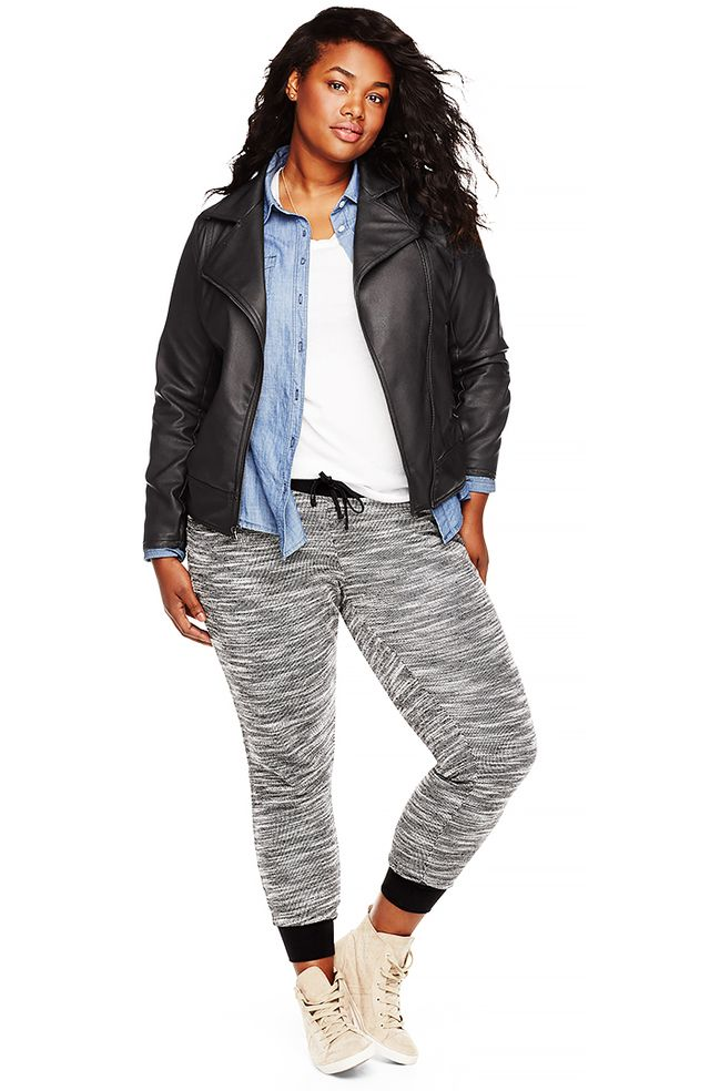 Old Navy Old Navy Women's Plus Chambray Shirt ($34) in Mid Tone Chambray and Women's Plus Lightweight V-Neck Tee ($17) in Bright White and Women's Plus Marled Terry-Fleece Joggers ($36) in Navy
